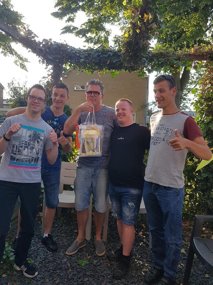 Sjaak van der Stoep dubbel verrast